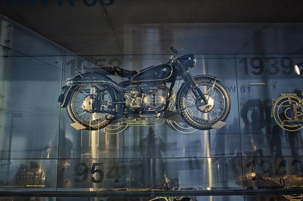 Mototrip-BMW certified tourguide