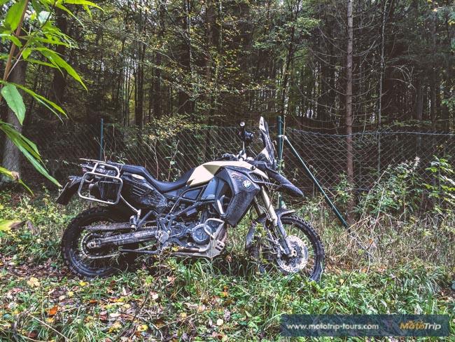 BMW F800GS Adventure in dirt