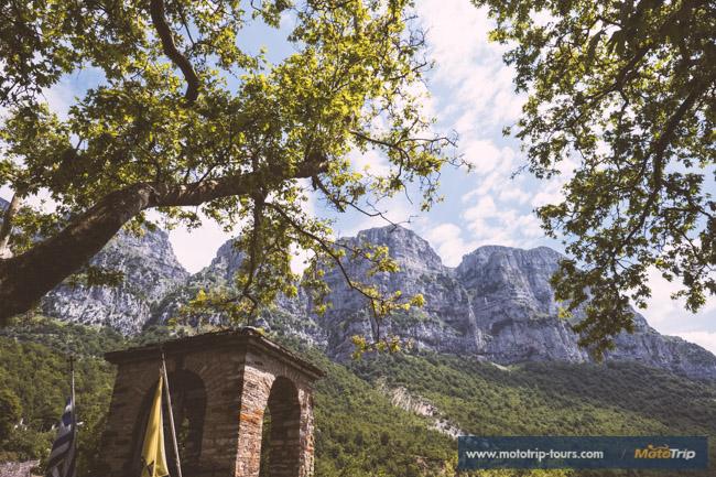 Vikos Gorge from Mikro Papigo