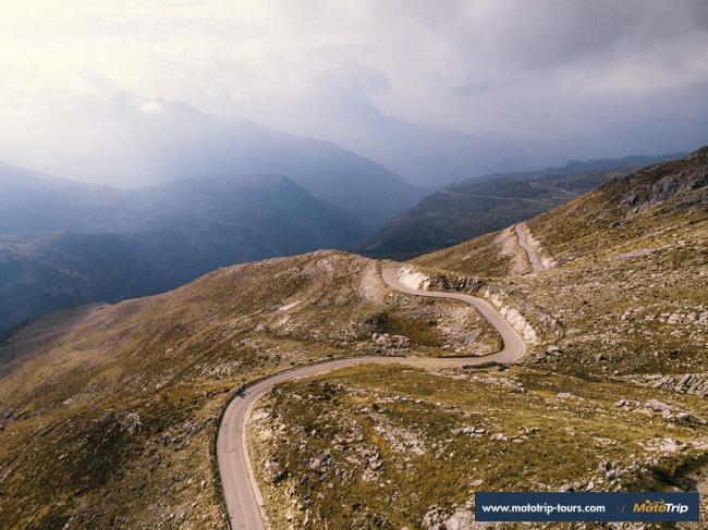 Tzoumerka-motorcycle-roads-greece